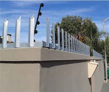 spikes on wall