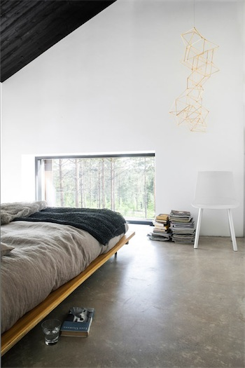 black minimalist bedroom